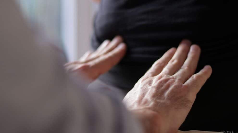 La santé au bout des doigts d'Emmanuel Roger ostéothérapeute