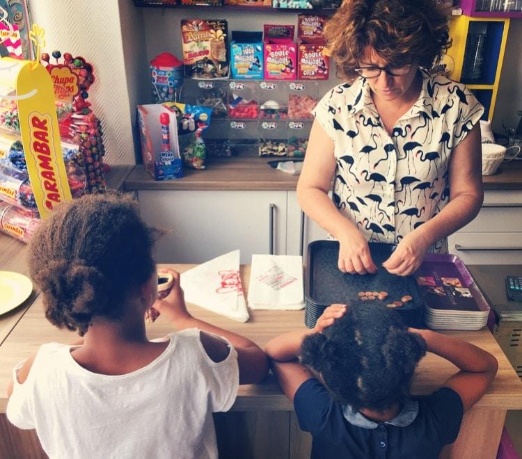 Bonbons Dis bonjour à la dame nouveau lieu de vie cours Balguerie aux Chartrons