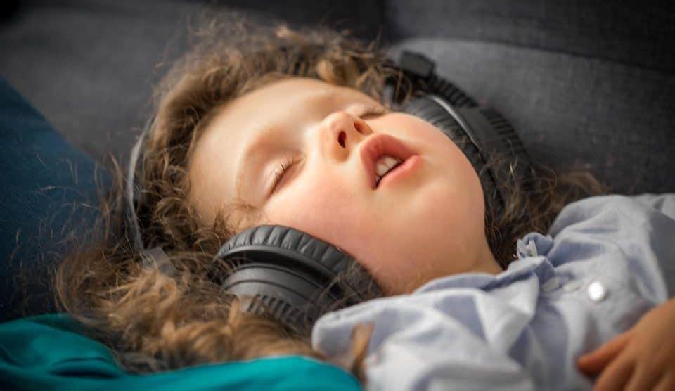 L'homme a l'oreille coupee audio