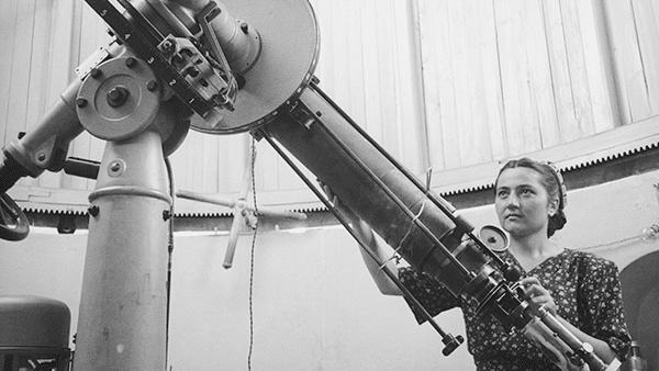 Cecilia Payne (1900-1979) une des Femmes de sciences spoliées.