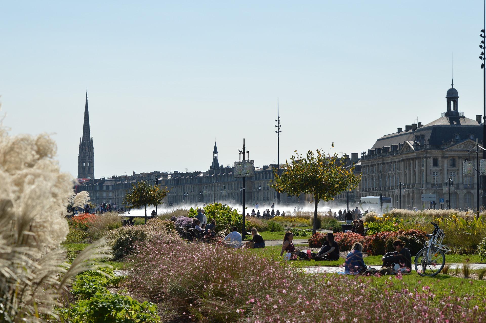 Quais de Bordeaux, Miroir d'eau