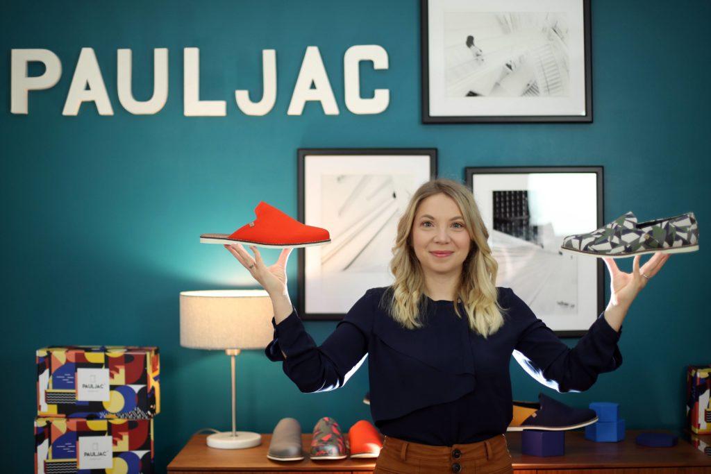 Katia Rabusseau en plein Live shopping pour Pauljac